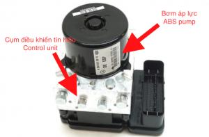 ABS điều khiển phanh mercedes C300 – Những dấu hiệu hư hỏng